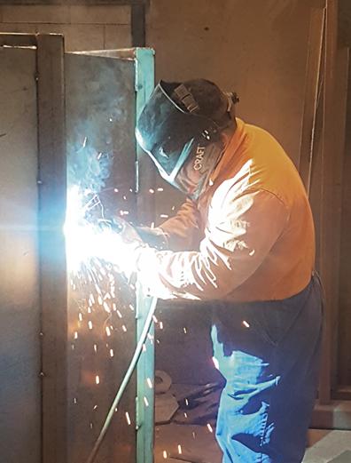 Vertec staff member in weld out.