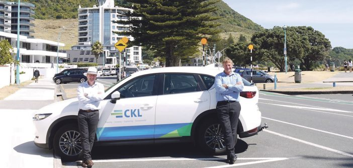 Alan Wilkinson, CKL Tauranga Branch Manager and Mark Batchelor, CKL Tauranga Planning Manager.